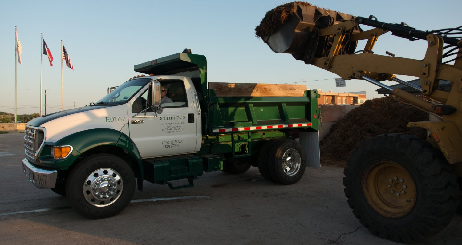 residential dump truck for mulch delivery